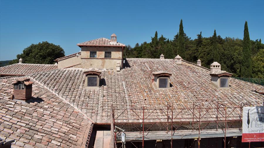 time lapse restauro tetto - toscana
